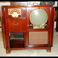 Early 50's Zenith Roundy + AM/FM radio